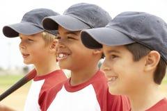 baseballpojkar team barn Arkivbilder