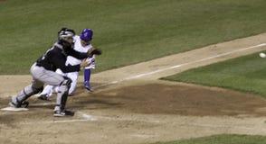baseballutgångspunktglidning Royaltyfri Bild