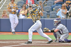 2015 basebol do NCAA - TCU @ WVU Imagens de Stock