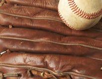 Basebol na luva imagem de stock royalty free