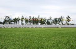 Basebollarena med grönt gräs Arkivbild
