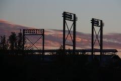Basebollarena på solnedgången Arkivfoton