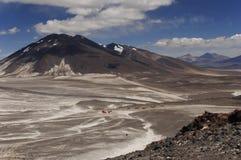 Basecamp de Atacama para la subida de ojos del salado Imagen de archivo libre de regalías
