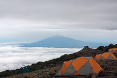 Basecamp sulla montagna Fotografie Stock Libere da Diritti