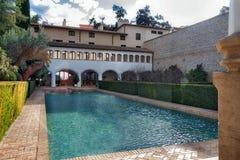 Basen i ogródy xiii wiek Islamski pałac, obrazy royalty free