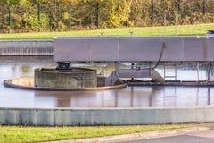 Basen kanalizacyjny zakład przeróbki zdjęcie stock