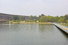 Basen w Brindaban ogródach Obrazy Royalty Free