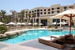 basenu hotelowy luksusowy dopłynięcie zdjęcie royalty free