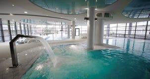 basenu luksusowy dopłynięcie Obrazy Royalty Free