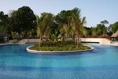 basenu ogrodowy hotelowy luksusowy widok Obrazy Royalty Free