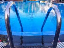 basenu schodków target2210_1_ zdjęcie royalty free