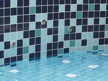 basenu strumienia wody w spa. Obraz Royalty Free