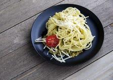 Basil Butter Parmesan Pasta Tomato stock afbeeldingen