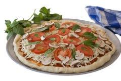 basil odizolowywający pieczarkowy pizzy pomidor Zdjęcie Royalty Free