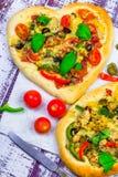 Basilic de viande de fromage de pizza de plan rapproché Image stock