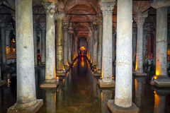 Basilica Cistern-yerebatan sarayi,Istanbul. There are hundreds of ancient cisterns hidden underneath the streets and houses of Istanbul. Of the two that are open Stock Photos