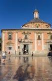 Basilica de Λα Virgen με την αντανάκλαση στα μαρμάρινα κεραμίδια σε Va Στοκ φωτογραφίες με δικαίωμα ελεύθερης χρήσης
