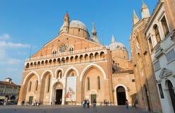 Basilica Del Santo oder Basilika von St Anthony von Padua am Abend Lizenzfreie Stockfotos