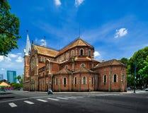 Basilica della cattedrale di Saigon Notre-Dame - Vietnam fotografia stock libera da diritti