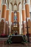 Basilica della cattedrale di St James l'apostolo, Szczecin - altare A Fotografie Stock Libere da Diritti