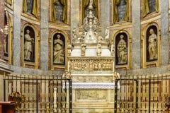 Basilica di San Domenico - la cappella di StDominic a Bologna Fotografia Stock Libera da Diritti