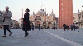 Basilica di San Marco à Venise, Italie Piazza San Marc banque de vidéos