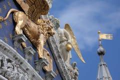 Basilica di San Marco, detalles del tejado, Venecia, Italia foto de archivo libre de regalías