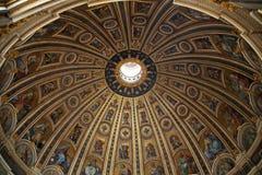 Basilica Di San Pietro in Vatikaan Stock Foto's