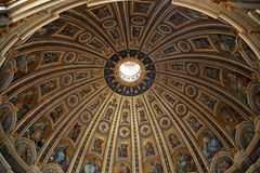 Basilica di San Pietro in Vatikan Stockfotos