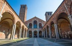 Basilica Di Sant ` Ambrogio στο Μιλάνο, Ιταλία στοκ εικόνες