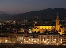 Basilica di Santa Croce alla notte, Firenze Fotografia Stock Libera da Diritti