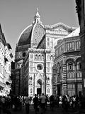 Basilica di santa maria del fiore in Florence. Crowd in front of Basilica di santa maria del fiore in Florence Royalty Free Stock Photo