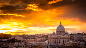 Basilica Of St. Peter At Sunset With The Vatican In The Background In Rome, Italy Royalty Free Stock Images