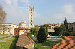 Basilica San Frediano with palazzo Pfanner Stock Photos