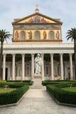 basilica utanför paul st-väggar Arkivbilder