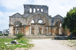 basilicaen fördärvar s-simeonstylites royaltyfri foto