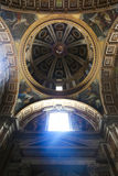 basilicaitaly peter s st vatican Royaltyfria Foton