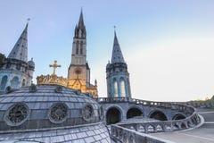 basilicakrona förgyllda lourdes Arkivbilder