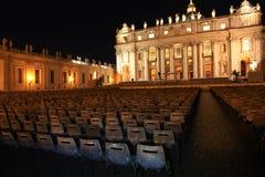 Basiliek San Pietro bij nacht, Rome Stock Foto