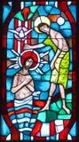 Basiliek van notre-dame-du-GLB gebrandschilderd glasvensters Royalty-vrije Stock Afbeeldingen