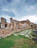 Basilika av Agios Achilios på den homonymous ön, lilla Presp Royaltyfri Foto