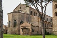 Basilika av helgonet Apollinaris i Classe, Italien Arkivbilder