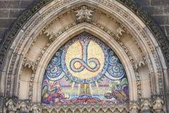 Basilika av St Peter och St Paul, Vysehrad, mosaik, Prague, Tjeckien arkivbilder