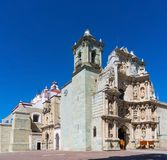 Basilika av vår dam av ensamhet i Oaxaca de Juarez, Mexico arkivfoto