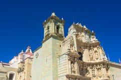 Basilika av vår dam av ensamhet i Oaxaca de Juarez, Mexico royaltyfria bilder