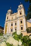 Basilika in der Sommerzeit Stockbild