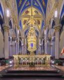 Basilika des heiligen Herzens bei Notre Dame stockfotos