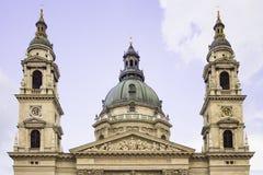 Basilika eller kyrka för St Stephen ` s i Budapest, Ungern fotografering för bildbyråer