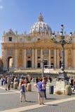 BASILIKA FÖR ST PETER ` S, ROME, ITALY-APRIL 13 Fotografering för Bildbyråer