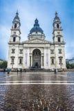 Basilika am regnerischen Tag Stockbild